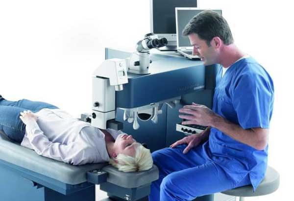 Снять линзы и проверить зрение